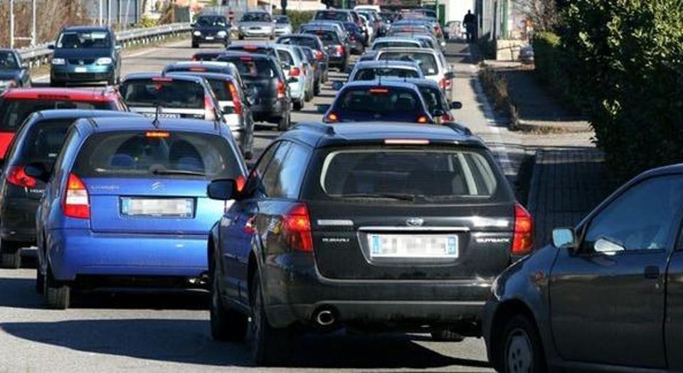 Smog: Strasburgo vara nuovi limiti a inquinanti aria