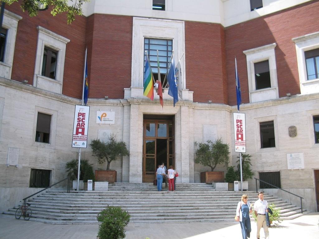 Pescara: la seduta del consiglio regionale