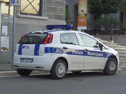 Polizia municipale Auto