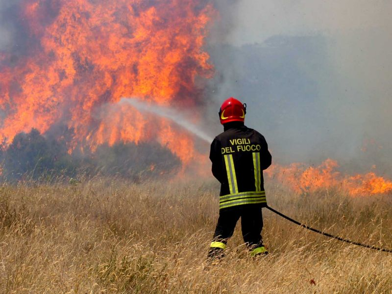 incendio e vigile fuoco