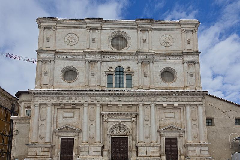 Basilica San Bernardiino LAquila