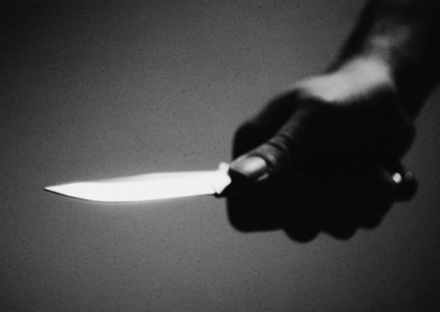 Pescara: ragazzine rapinate col coltello