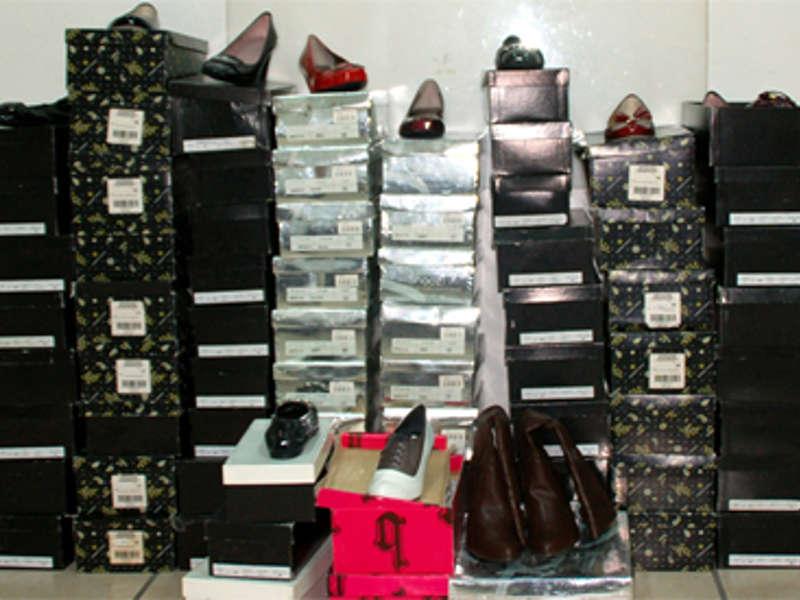 Maxi furto di scarpe, fermati tre romeni