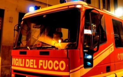 Castelnuovo V.: incendio in una palazzina