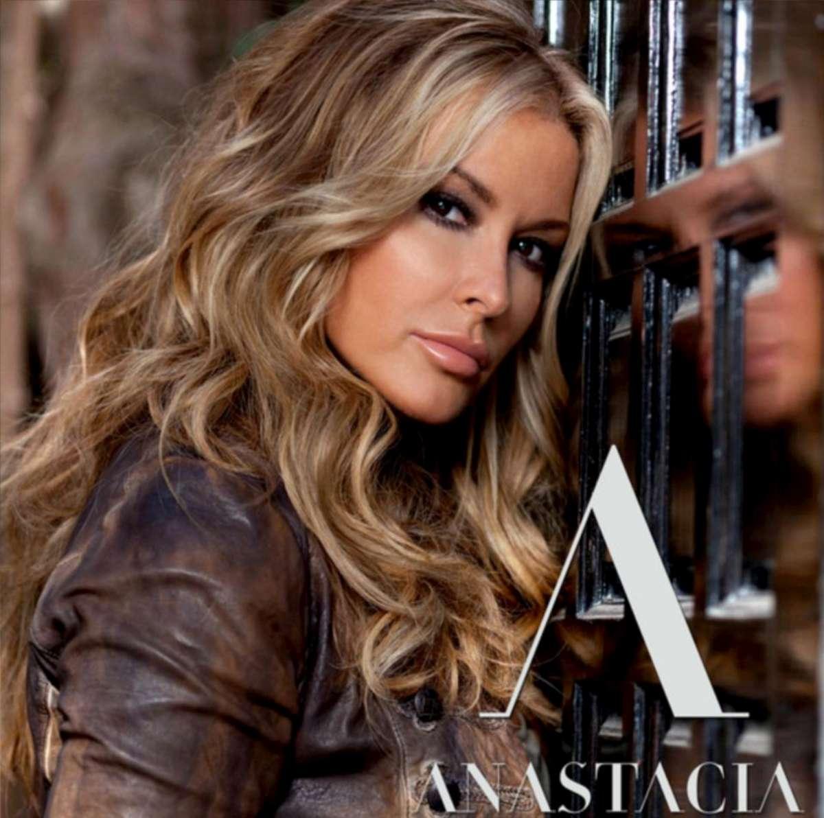 Anastacia : una voce che graffia, uno spettacolo coinvolgente