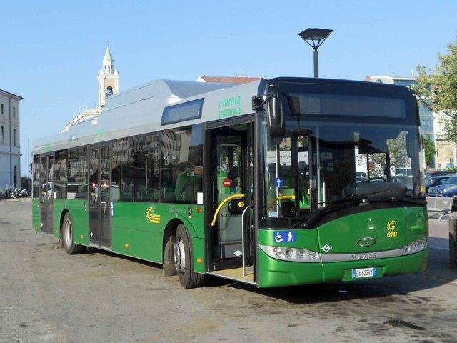 Pochi Autobus di domenica a San Donato