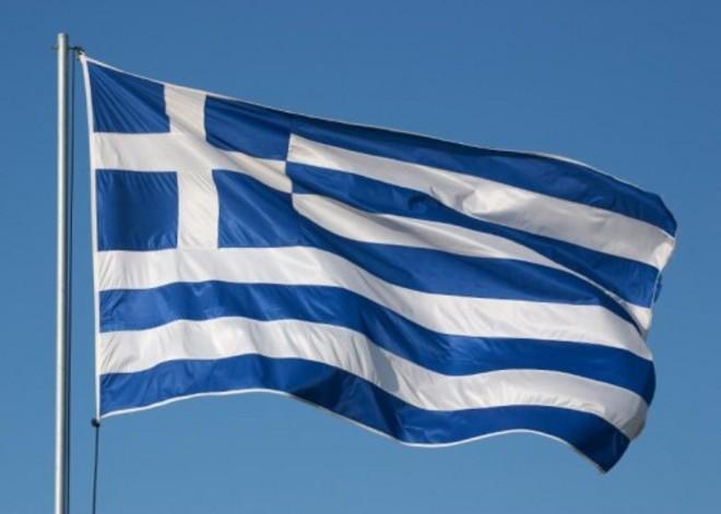 Pescara: fiaccolata per il Popolo greco