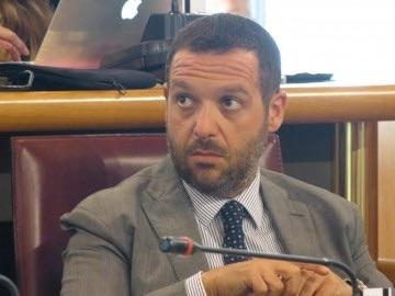 """Sospiri: """"L'Abruzzo accoglie immigrati per ripianare i debiti"""""""