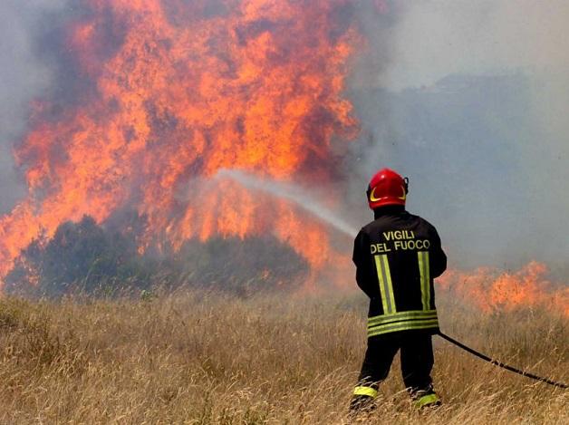 """Incendi, Conapo: """"Poche  risorse, verso lo stato di agitazione"""""""