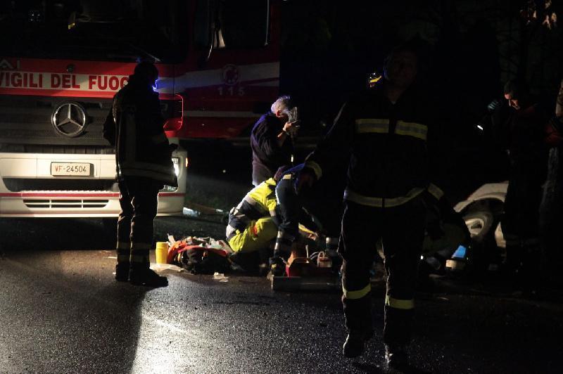 Scontro  sull'A14: muore 49enne di Bucchianico