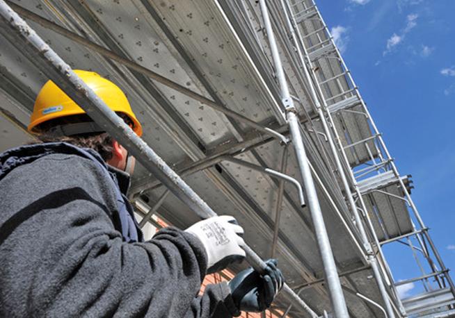 Fondi ricostruzione L'Aquila: il Corpo forestale sequestra un'abitazione