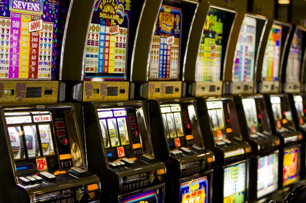 Pescara: slot a tempo contro gioco d'azzardo