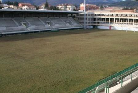 Nota critica dei supporters dell'Aquila sul nuovo stadio