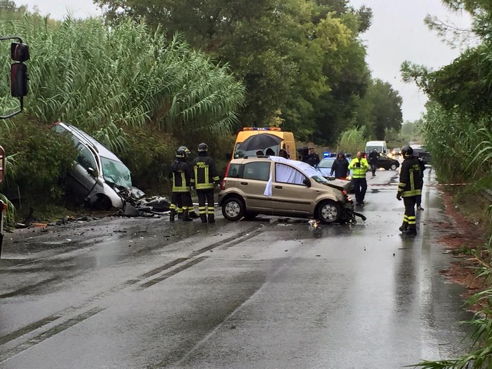 Grave incidente su fondovalle Alento, muore una ragazza