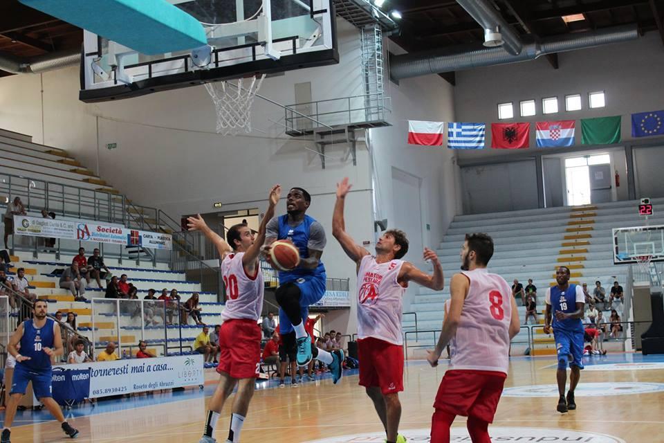 Basket Brescia Roseto – Impresa degli squali