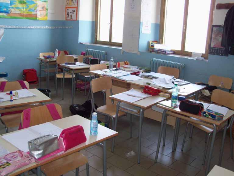 """Avezzano: terremoto, """"Tutti giù per terra"""" a scuola"""