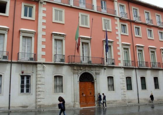Prefetture: deputati abruzzesi chiedono incontro a Renzi