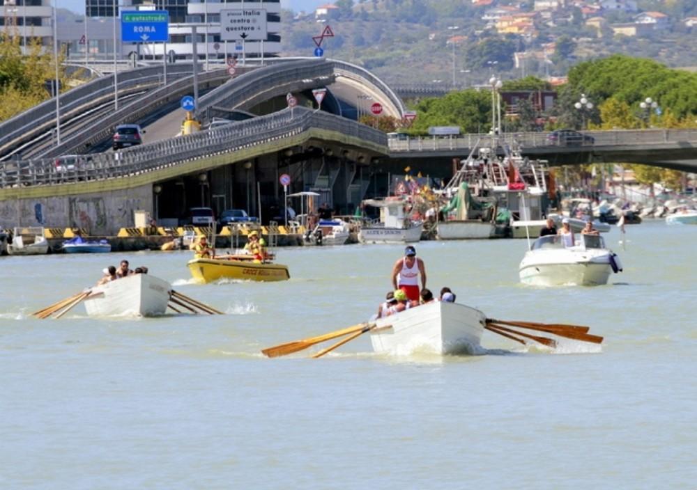Pescara: torna la Regata dei Gonfaloni