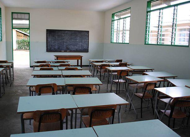 banchi-scuola1