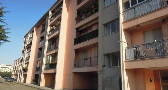 Montesilvano, abusivi fermati alle palazzine ATER