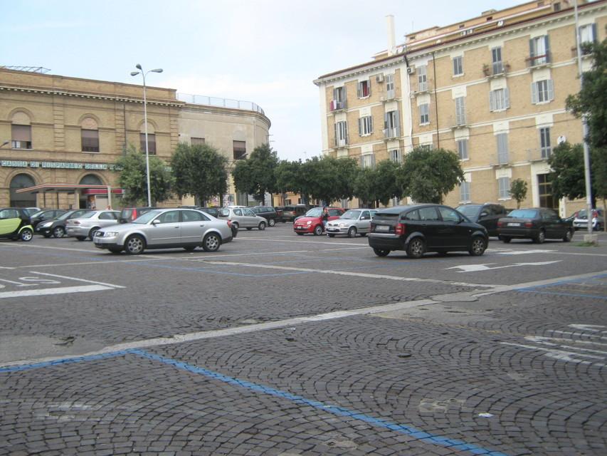 Chieti, fuga di gas in piazza Garibaldi