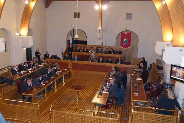 Consiglio regionale Abruzzo, eletta presidente ERSI, tensioni tra D'Alfonso e Pietrucci