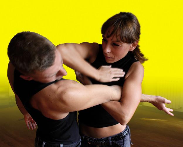 Madre mette in fuga ladro con karate a Montesilvano