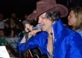 Ovindoli: i parrocchiani difendono don Elvis