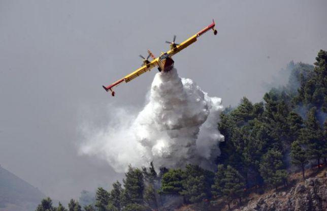 Si aggrava l'incendio a Fara S.Martino e Palombaro