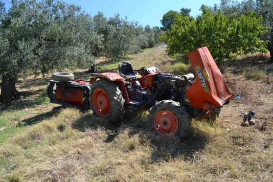 Vacri, si ribalta il trattore, ferito agricoltore