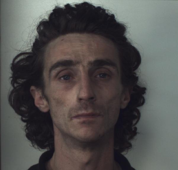 Omicidio Penne, Giancaterino ingerisce detersivo