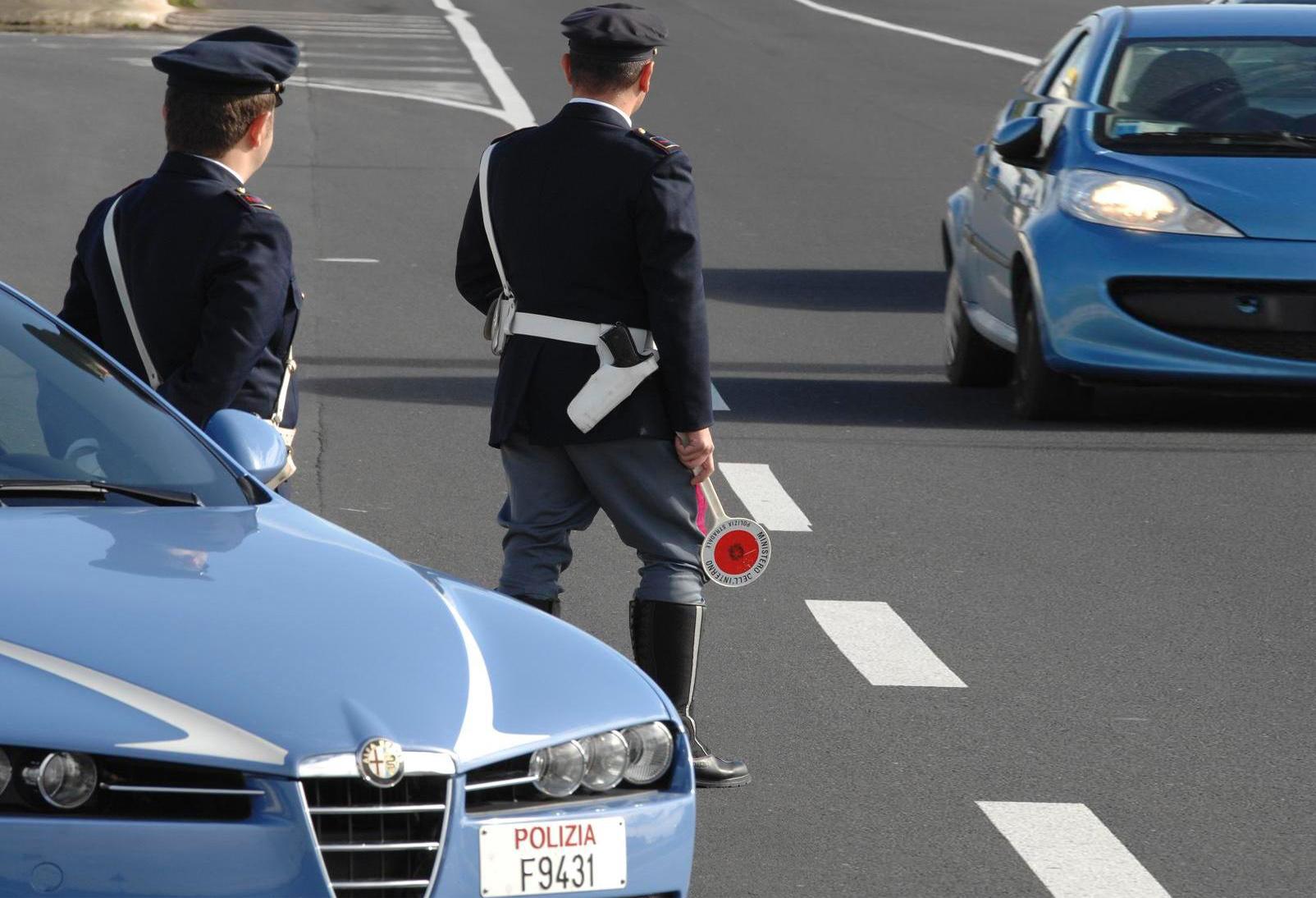 Polstrada Abruzzo: controlli per le assicurazioni