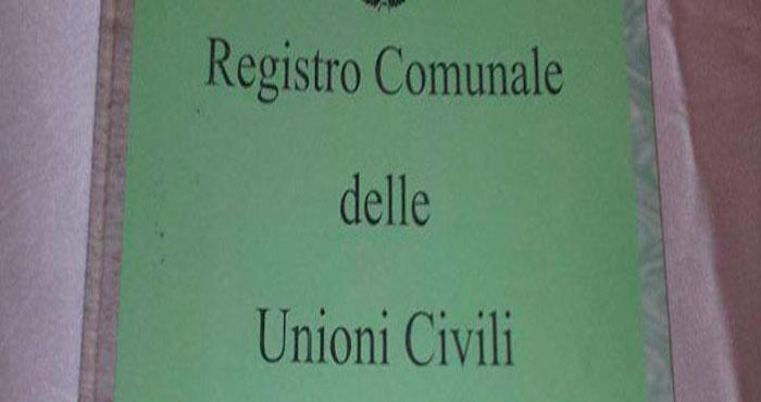 Unioni civili, Pescara ha il suo registro