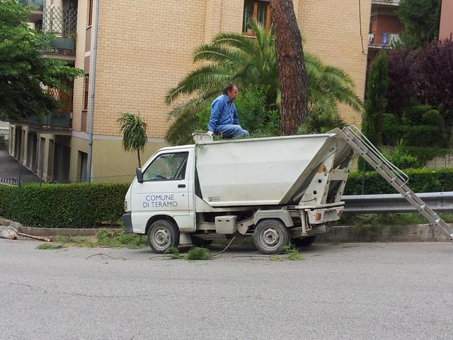 Sciopero Teramo Ambiente: interviene il sindaco