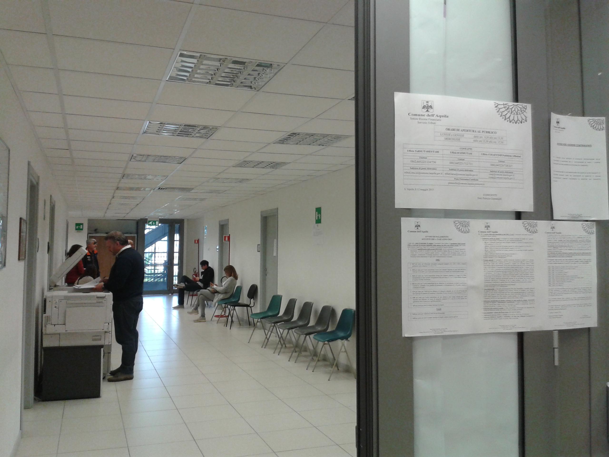 L'Aquila: tour negli uffici in tilt senza i 56 precari