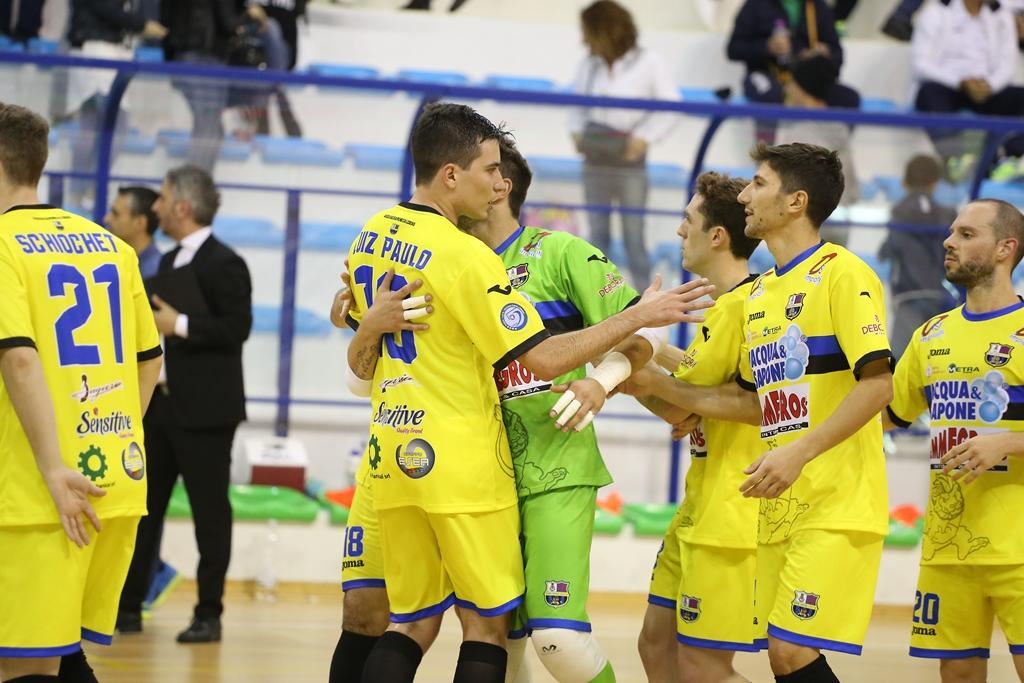 Calcio/5: Caetano incita l'Acqua & Sapone Emmegross