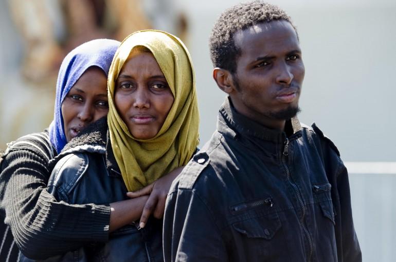 Roseto, migranti accolti in un residence