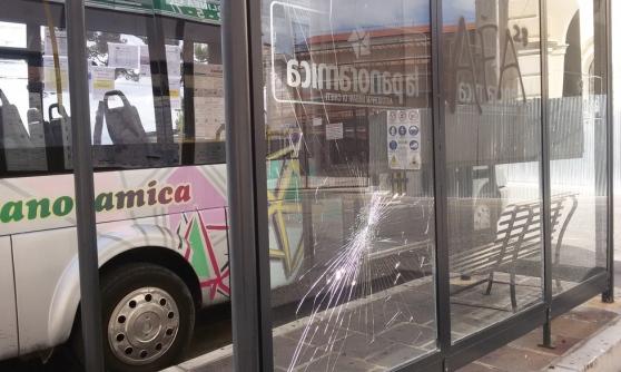 Chieti: scontro tra bus, 6 feriti