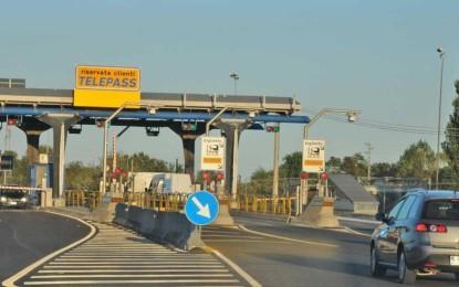 A14 Pescara Nord, cavalcavia svincolo ancora chiuso ai TIR