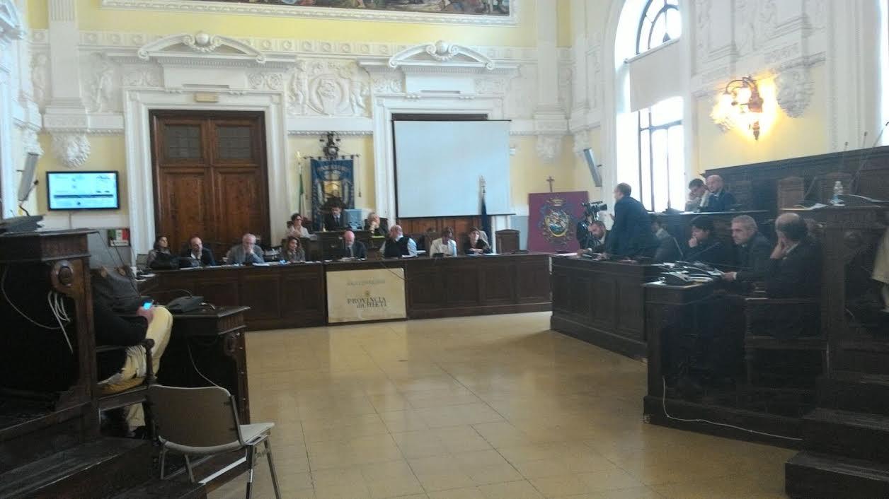 Comune  Chieti:  consiglio sul bilancio 2015