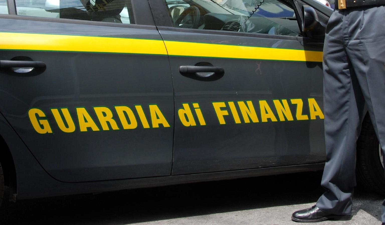 Capistrello: truffato il Comune, sequestrati 812mila euro