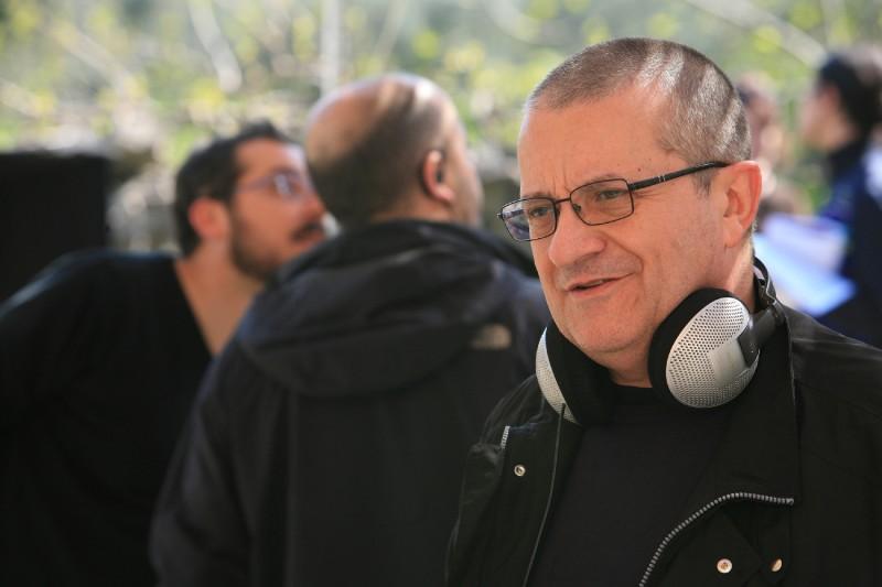 """L'Aquila, il regista Albanese agli studenti: """"Amate l'arte"""""""