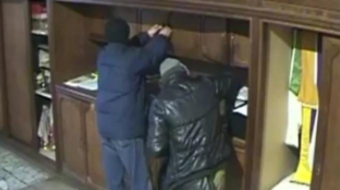 Denunciato 50enne di Giulianova: rubava offerte in Chiesa