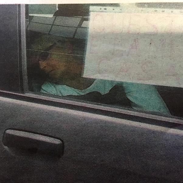 Senza lavoro a Ortona, coppia dorme in auto sotto il Comune