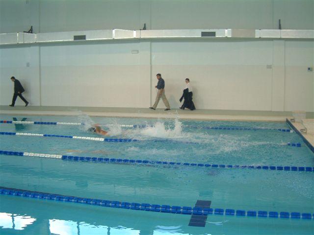 Pescara, la piscina del Volta è pronta ma resta chiusa