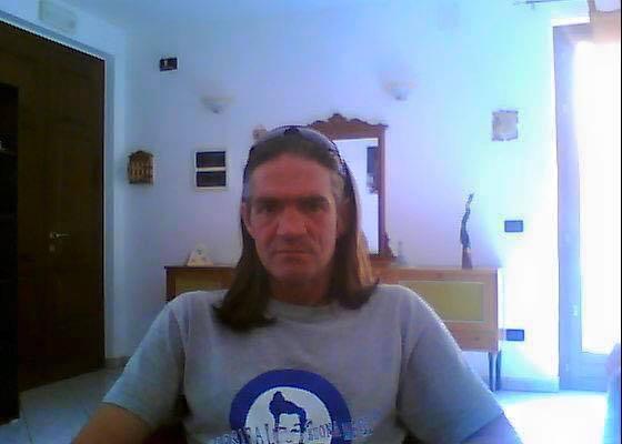Pescara: è morto Zazzetta il tifoso che dormiva in Comune