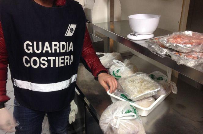 Maxi sequestro di prodotti ittici non a norma
