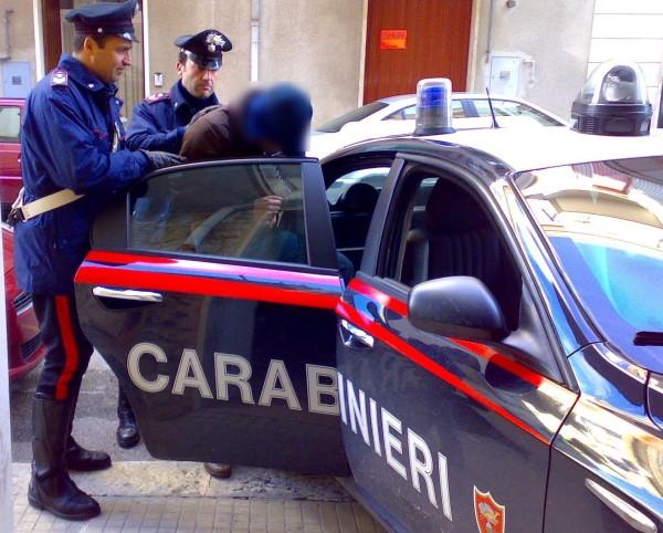 Pescara: Ex tossicodipendente picchia il padre per mesi