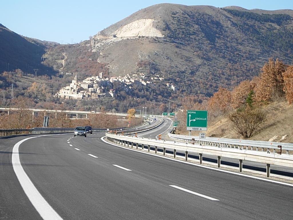 A/25: chiusura svincolo Cocullo direzione Roma