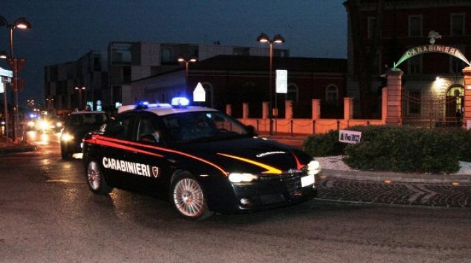 Sparatoria a Montesilvano dopo inseguimento e 8 incidenti